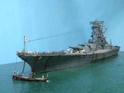 12艘巡洋舰,14艘驱逐舰的第二舰队,由文莱出击,参加莱特湾海战.