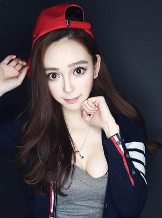 明星脸励志姐 三七互娱showgirl曝光